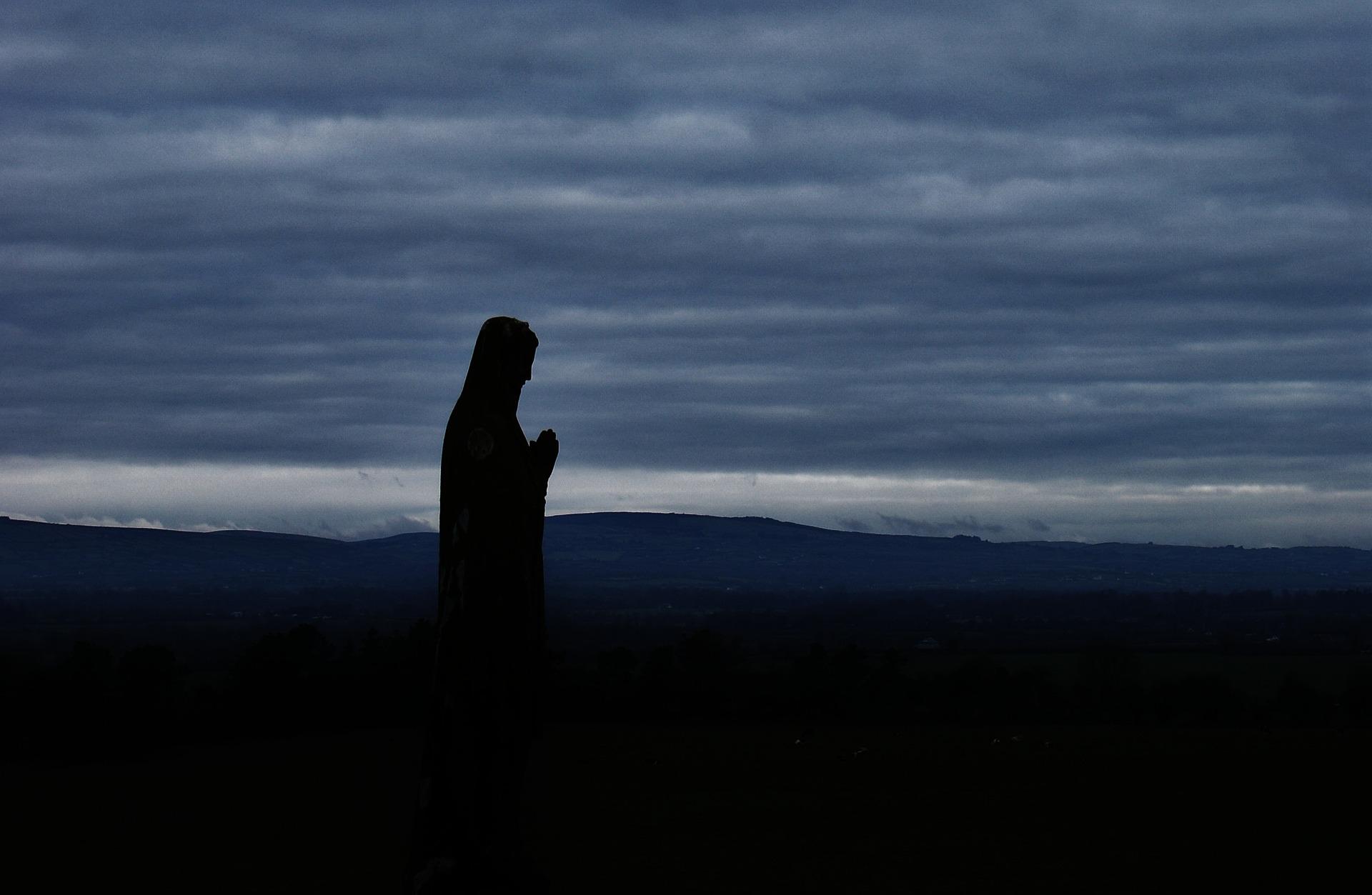 Як Бог відповідає на наші молитви
